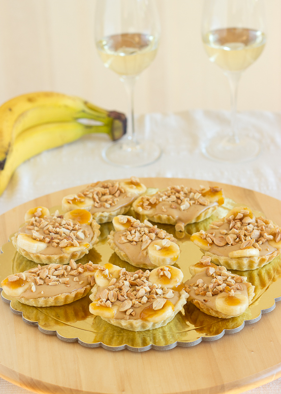 Banana and Peanut Butter Tartlettes-2