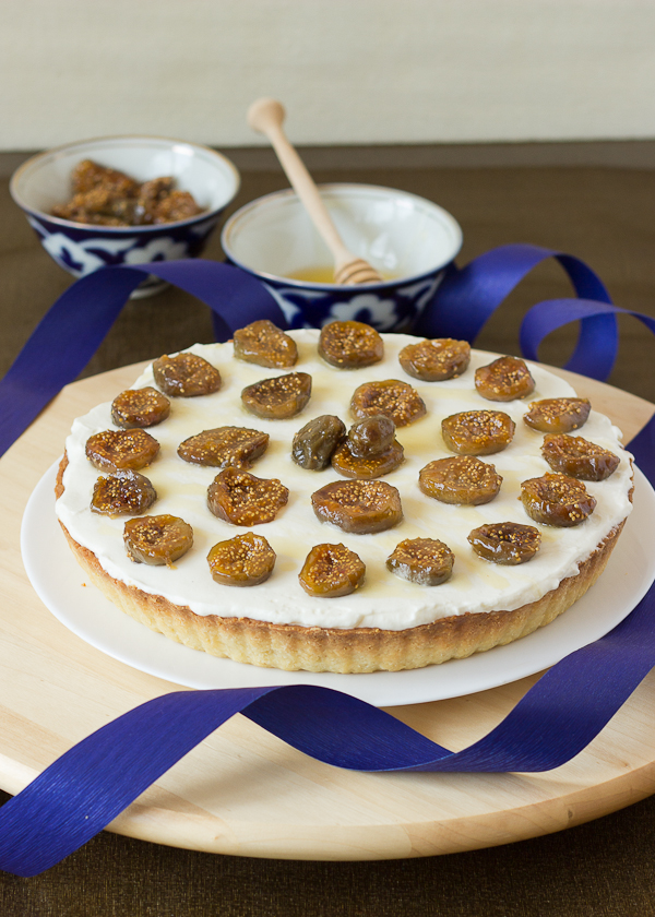 Mascarpone Tart with Honey Roasted Figs-8