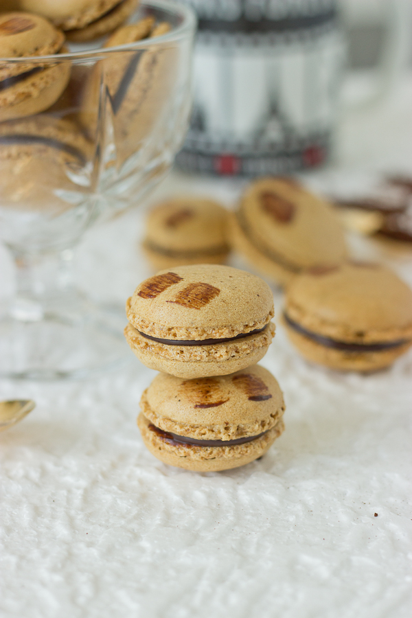 Mocha Macarons -18